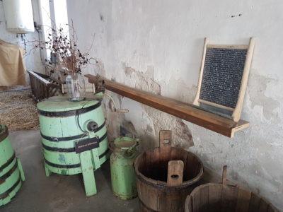 Zemědělská technika - Kovozoo u Uherského Hradiště
