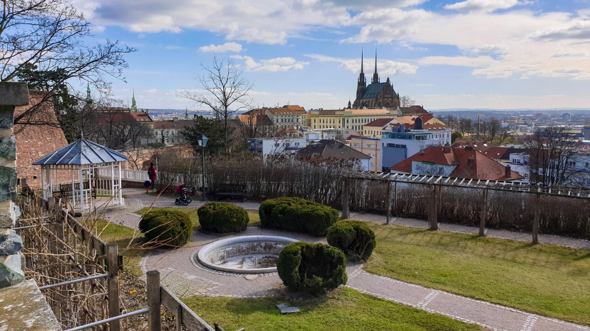 Brno, park Špilberk - Zahrada pod hradbami
