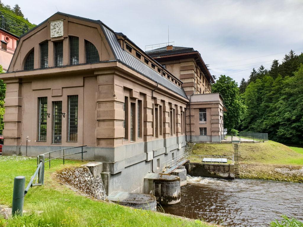 Vodní elektrárna Spálov