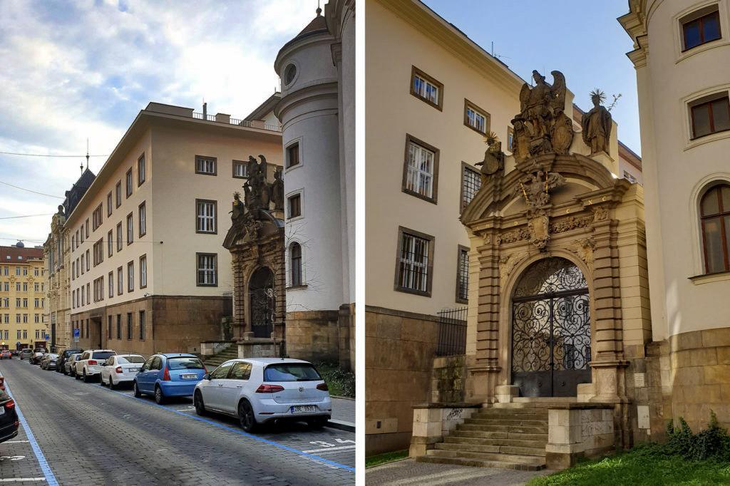 Portál jezuitského kláštera