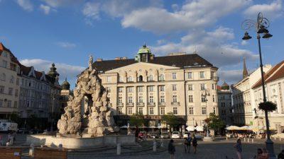 Kašna Parnas a záložna Brno